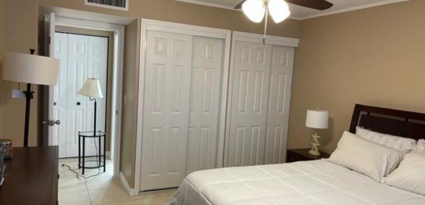 2 Bed Room 2 bath Condo Condo